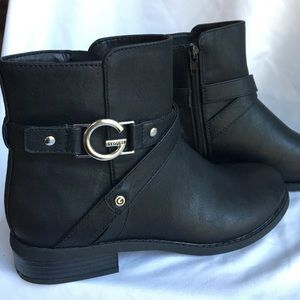 Guess Beautiful Ankle Boots